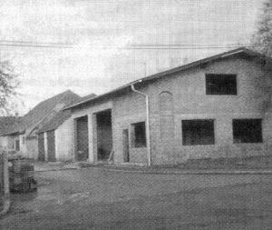 Rohbau des Feuerwehrhauses im Jahr 1980
